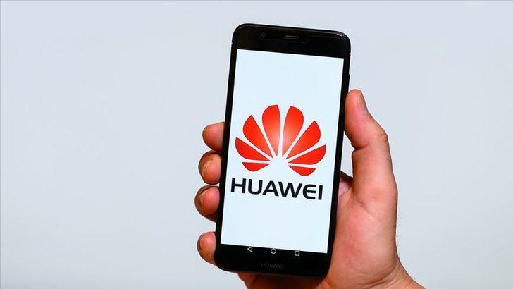 """İngiliz parlamentosundan Huawei'ye """"gizli ilişki"""" suçlaması"""