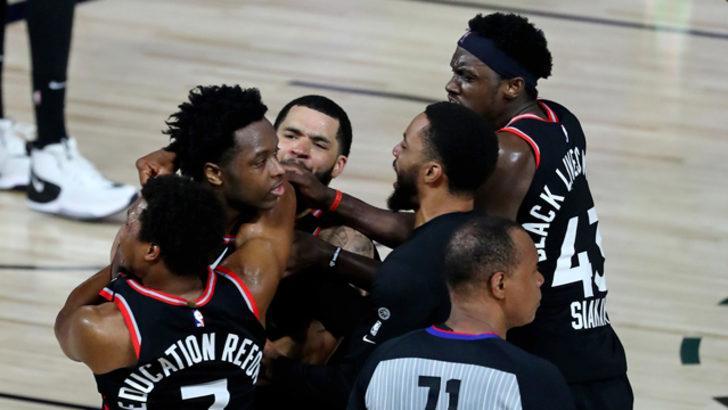Toronto Raptors son saniye basketiyle kazandı