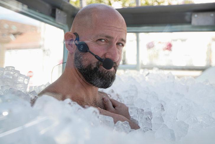 Avusturyalı 'buz adam' Josef Koeberl rekor kırdı!