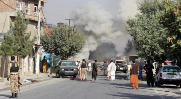 Afganistan Cumhurbaşkanı Yardımcısının konvoyuna bombalı saldırı