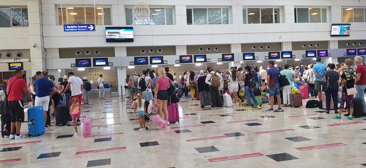 Antalya'ya gelen turist sayısı yarım milyonu aştı