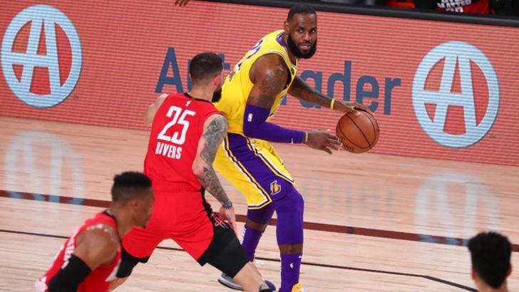 Los Angeles Lakers seride avantajı ele geçirdi