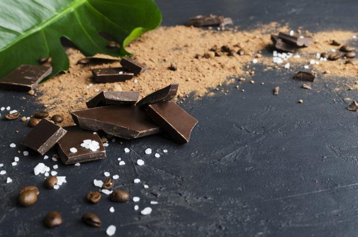 Hem Kolay Hem de Yoğun Çikolatalı: Kumlu Pasta Tarifi