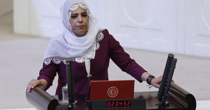 HDP Milletvekili Remziye Tosun'a 10 yıl hapis cezası verildi