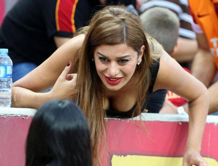 Alparslan Öztürk gol atınca Ebru Şancı'nın adını haykırdı! 'Serseri' yorumu
