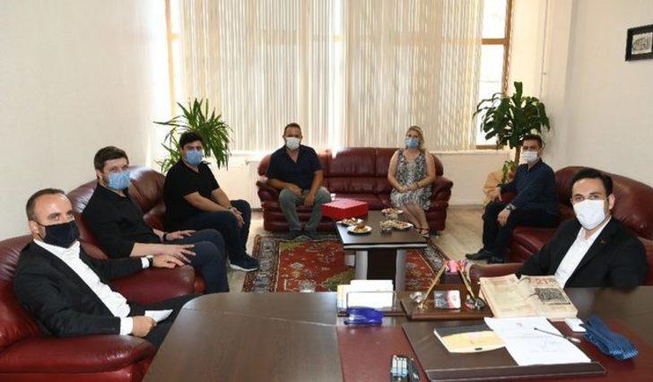 AK Parti'li Turan: Atatürk'ün CHP'si bugün adeta işgal altında