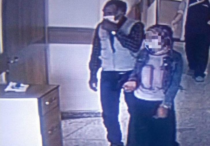 Koronavirüs testi pozitif çıkan kız ve babası hastaneden kaçtı