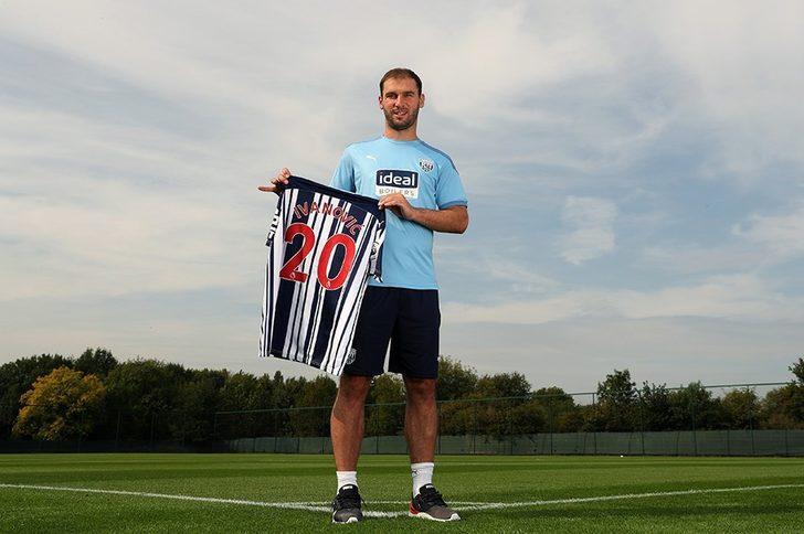 West Bromwich Albion, 36 yaşındaki Branislav Ivanovic'i transfer etti