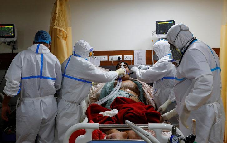 Hindistan'da koronavirüs vaka sayısı 5 milyonu geçti