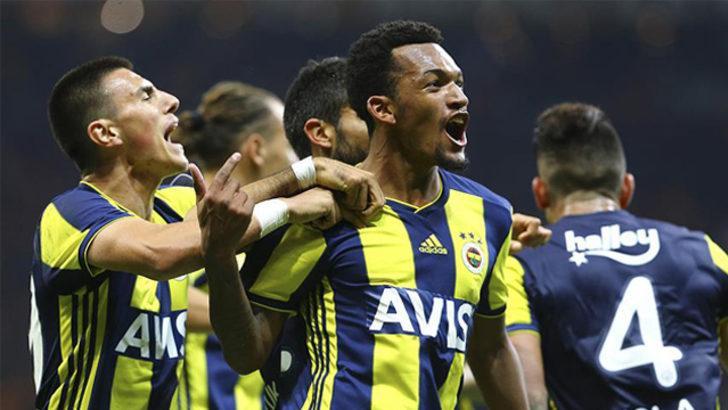Fenerbahçe Jailson için görüşmelere başlandığını KAP'a bildirdi