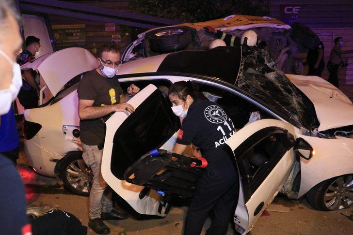 Adana'da korkunç kaza: 2'si ağır 6 yaralı