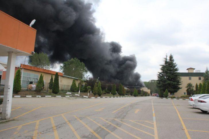 Fabrikanın kazan dairesinde patlama! 2 işçi yaralandı