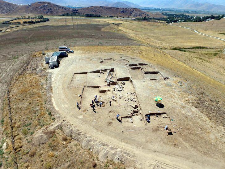 Urartulara ait nekropolde bulundu! 2 bin 750 yıl önce kadın yöneticileri varmış