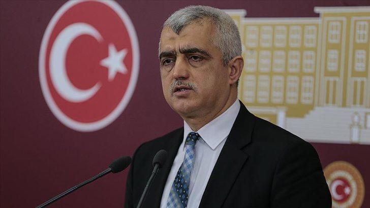 HDP'den kanun teklifi: Evlilikte eşler istedikleri soyadı kullanabilmeli