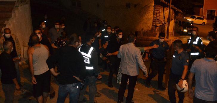Tokat'ta gergin gece! İki aile birbirine girdi: Çok sayıda yaralı var