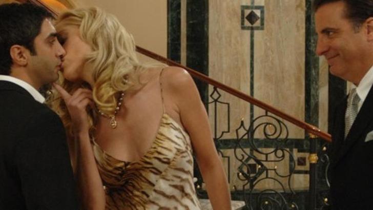 Sharon Stone'dan öpüşme itirafı! En iyi öpüşen...