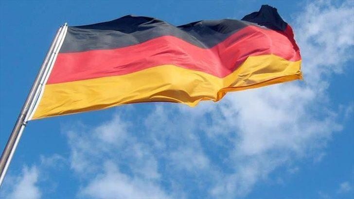 Almanya'da flaş karar! Askeri İstihbarat Teşkilatı Başkanı görevden alındı
