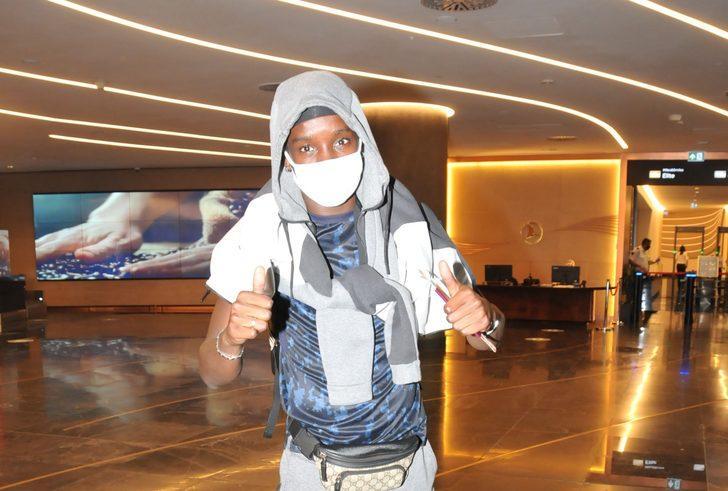 Fousseni Diabate, Trabzonspor için İstanbul'a geldi