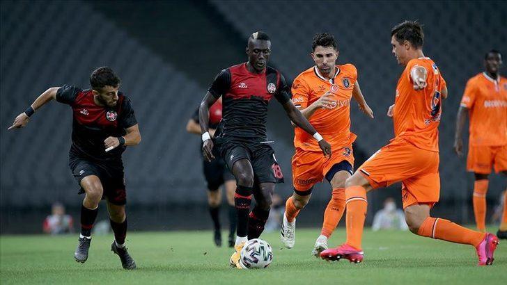 Başakşehir'i deviren Fatih Karagümrük maç fazlasıyla lider!