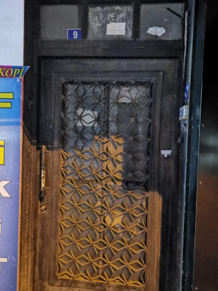 Aydın'da emekli öğretmen evinde ölü bulundu
