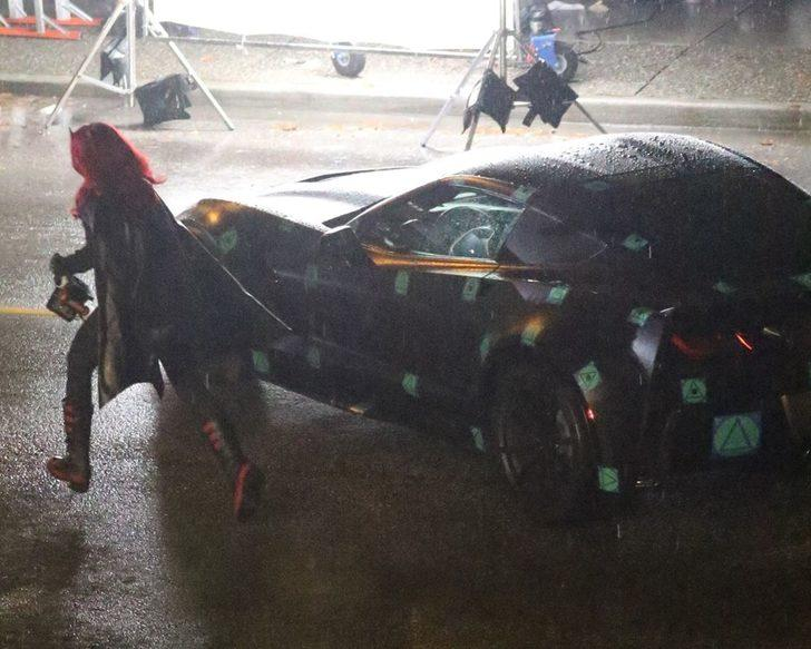 Başrol değişikliği sonrası Batwoman dizi setinden ilk fotoğraflar