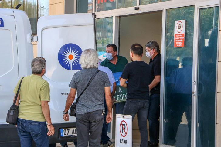 Öldürülen CHP'li eski başkanın cenazesi alındı