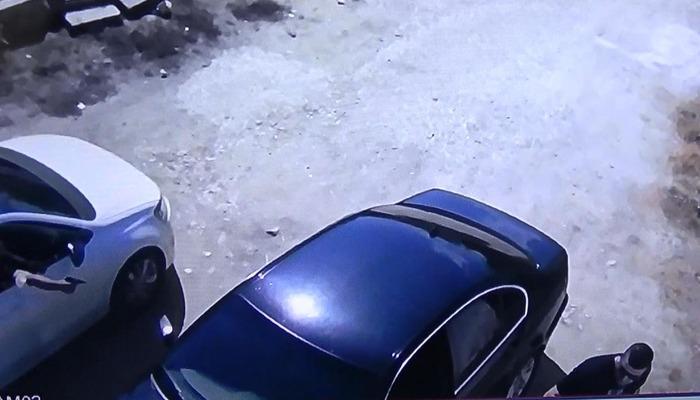 Bilecik'te silahlı saldırı! Evinin önünde kurşun yağmuruna tutuldu o anlar kamerada thumbnail