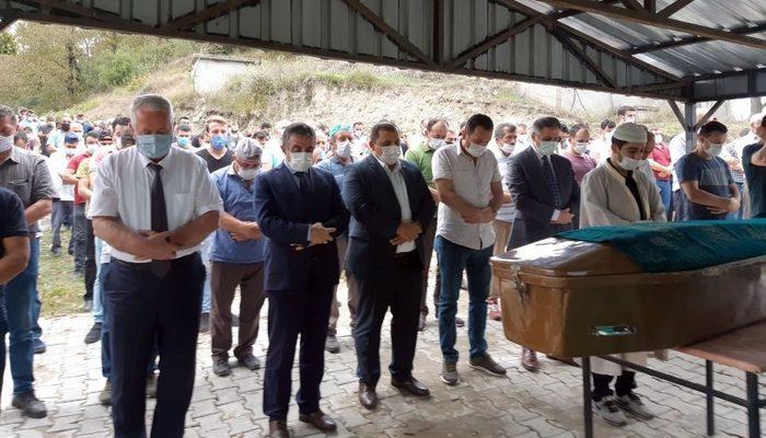 Maden ocağında kalp krizinden ölen işçi toprağa verildi thumbnail