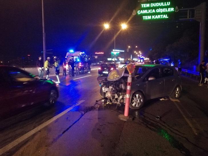 Göztepe'de makas atarak ilerleyen otomobil kazaya neden oldu