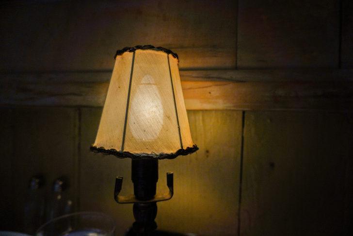 Gece lambasıyla neden uyumamalısınız?