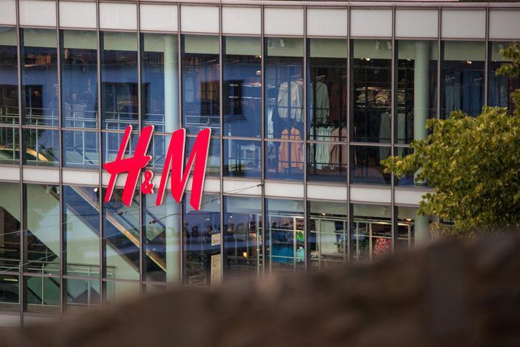 Almanya'da H&M'ye, çalışanları gözetlemekten 35,3 milyon avro ceza