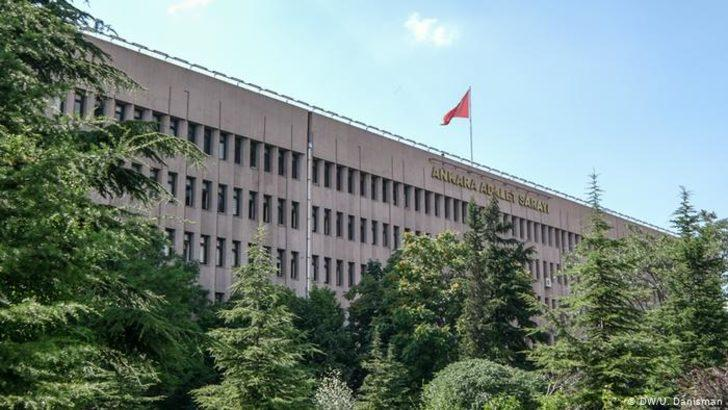 Kobani eylemleri nedeniyle 17 HDP'li hakkında tutuklama kararı