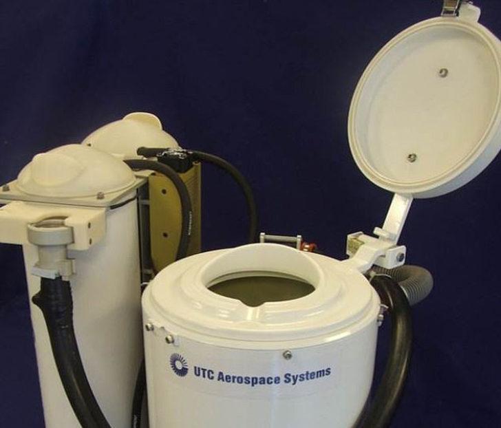 NASA'nın 23 milyon dolarlık uzay tuvaleti adresine ulaştı