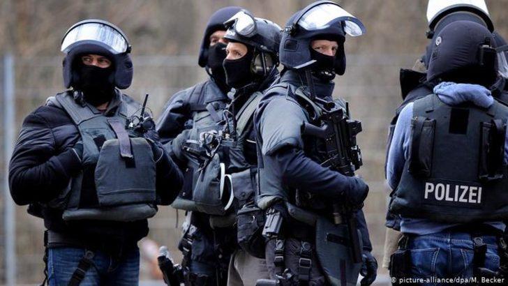 Aşırı sağcı polisler skandalında ara bilanço