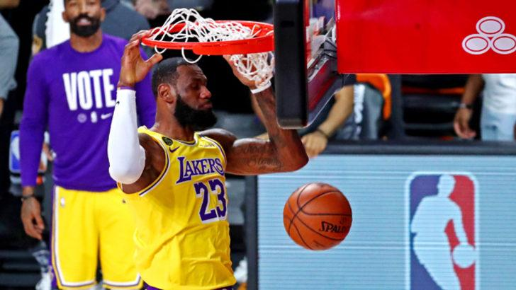 Los Angeles Lakers seride avantajı yakaladı