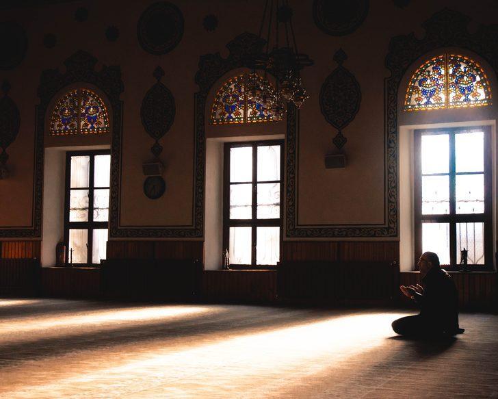 Amentü duası anlamı, Türkçe okunuşu ve Amentü duasının faydaları