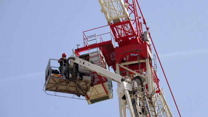 Vinç operatörü 45 metre yüksekte fenalaştı!