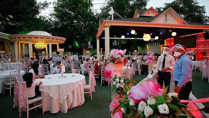 'Düğün salonlarının aldıkları kaporaları iade etmeleri gerekiyor'