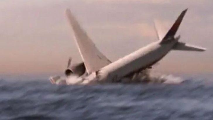 Avustralya sahiline vuran bir parça Kayıp Malezya Uçağı hakkındaki iddialı yeniden gündeme getirdi