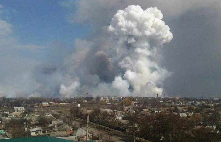 Rusya'da mühimmat deposunda patlama