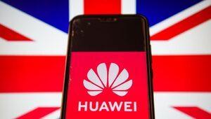 İngiltere'de parlamento soruşturması Huawei ile Çin yönetimi arasında 'gizli işbirliği' olduğu sonucuna vardı
