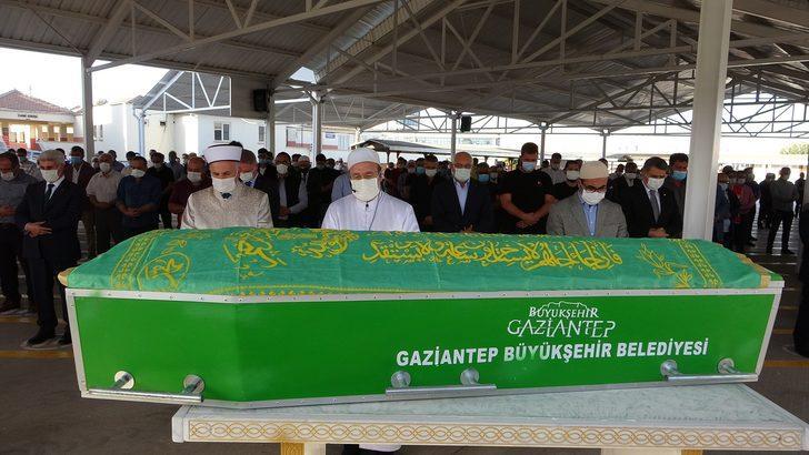 İş adamı Hacı Ahmet Ziylan son yolculuğuna uğurlandı