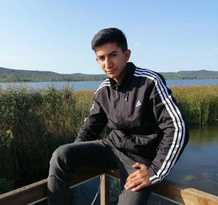 Sakarya'da motosiklet ile traktör çarpıştı: 1 ölü, 1 ağır yaralı
