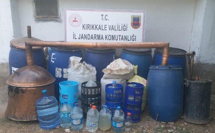 Kırıkkale'de 'sahte içki' operasyonu: 4 bin 819 litre ele geçirildi