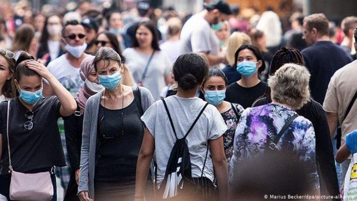 Dünyada koronavirüs vakaları 36 milyonu aştı
