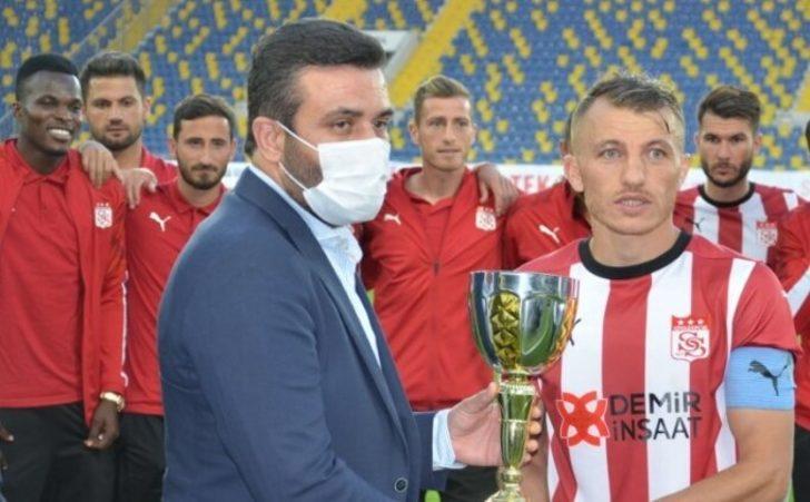 TSYD kupasını Demir Grup Sivasspor aldı