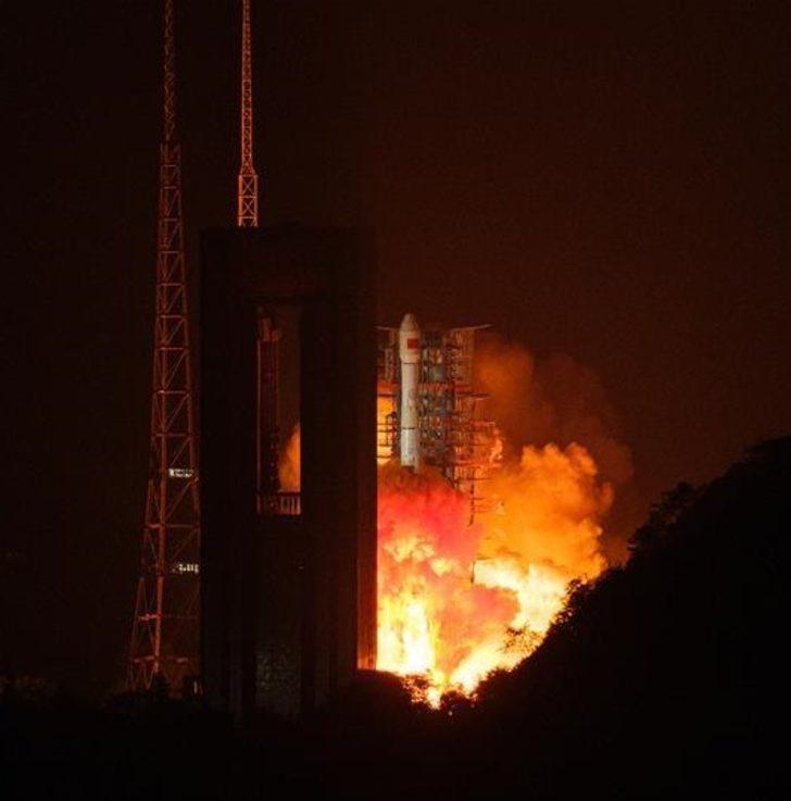 Çin'in uzaktan optik algılama yapan uydusu Gaofen-13 uzaya fırlatıldı