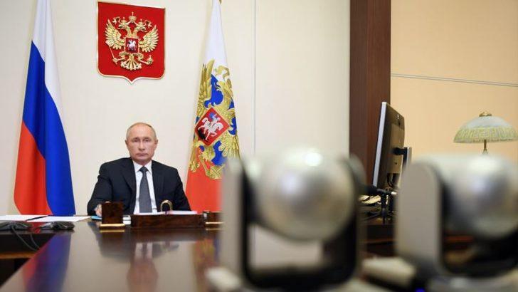 """Putin: """"İkinci Corona Virüsü Aşısını da Onayladık"""""""