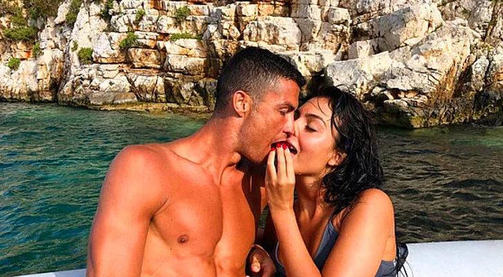 Koronavirüse yakalanan Ronaldo'nun yaptığı hareket herkesi şaşırttı