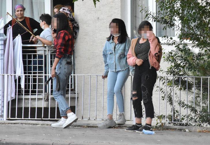 Sivas'ta kız öğrenciler arasında bıçaklı kavga